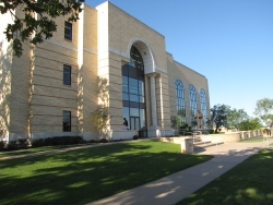 Southwestern Adventist University >> Southwestern Adventist University Andrews University